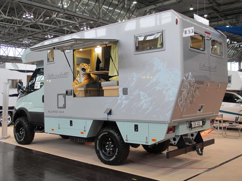 Offroad-Camper für die Weltreise - Die Testfahrer - Automagazin