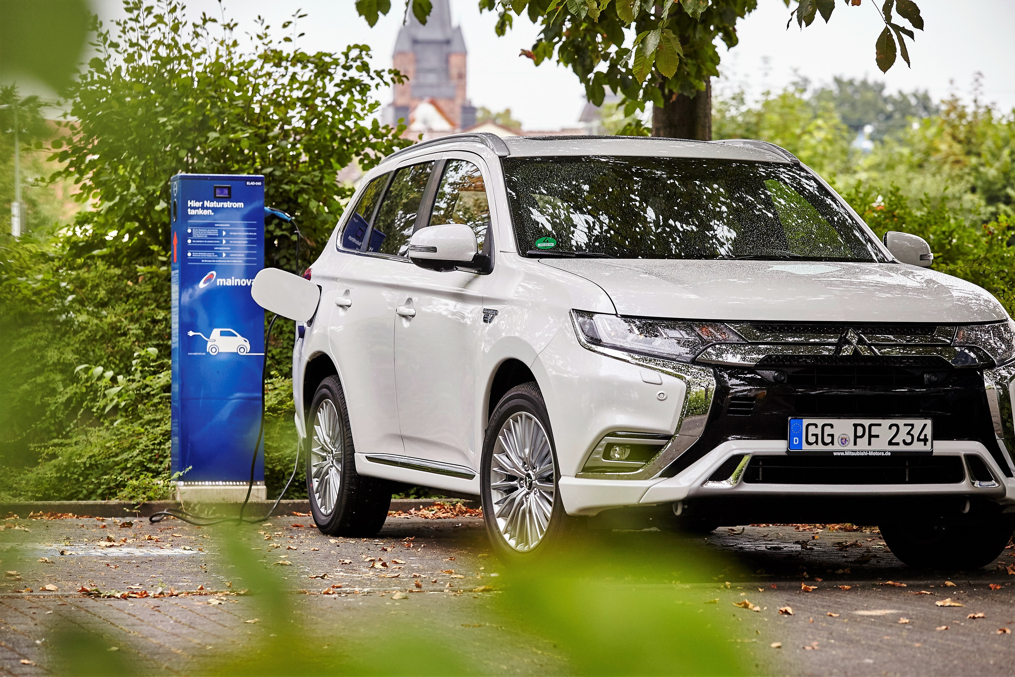 Mitsubishi Outlander Plug In Hybrid Profitiert Von Dienstwagen Besteuerung Die Testfahrer Auto Und Reise Magazin
